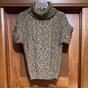 Dress Barn short sleeve sweater size medium
